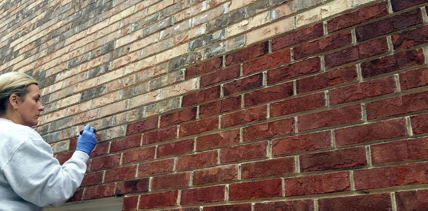 Brick stain from dyebrick the color stain for brick dyebrick for Staining brick exterior pictures